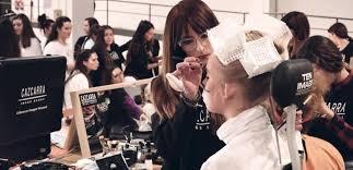 maquillador profesional de la escuela profesional de cazcarra