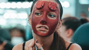 Curso superior de maquillaje de cine, TV y moda con caracterización y prótesis